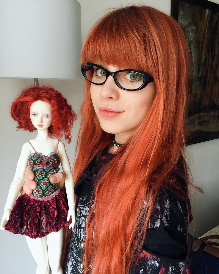 From a doll meeting that took place 2 weeks ago. When I saw this custom doll I was truly amazed. So beautiful! #redhead #girlswithredhair #doll #dollstagram #bjd #balljointdoll #customsoll #japan #japanese #japanstyle #dolls
