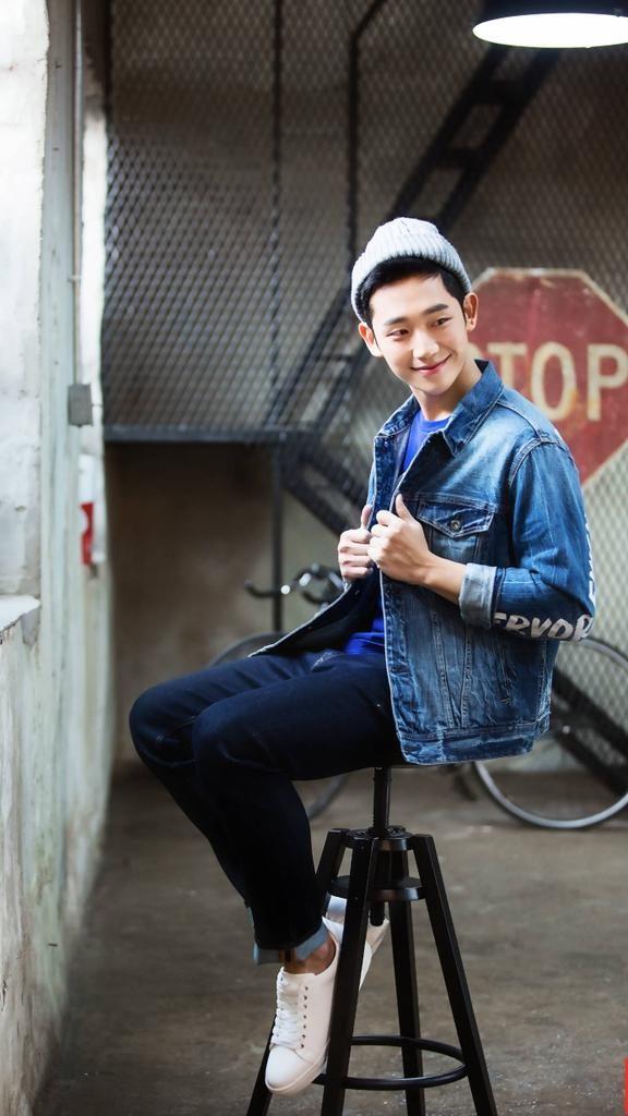 Những lý do khiến bạn không thể không yêu một Woo Tak (While You Were Sleeping) ngoài đời thật 17