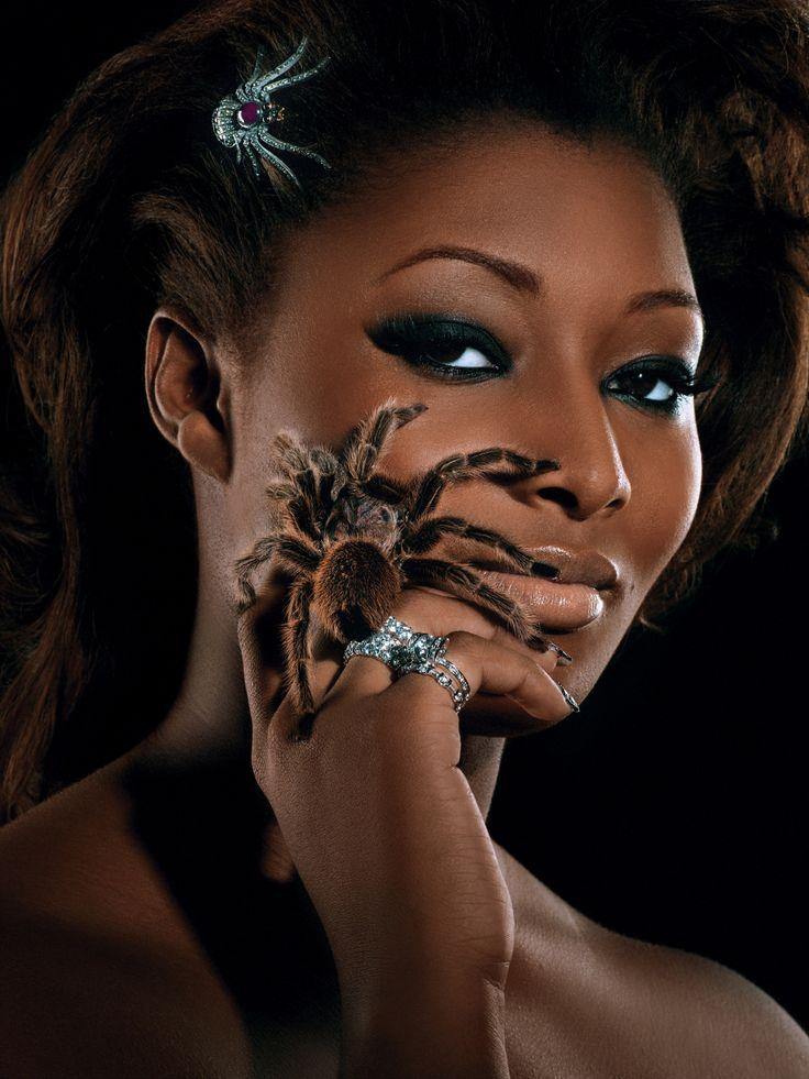 Картинки пауков на лице