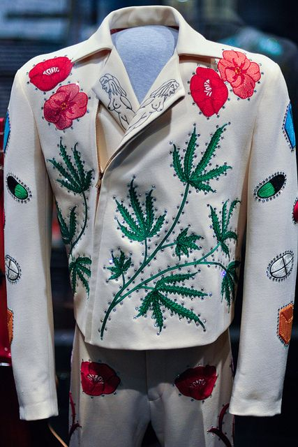 Gram Parsons' suit (front) | Flickr