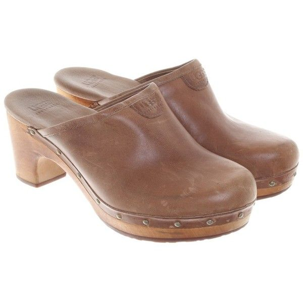 Pre-owned Clogs in brown ($150) ❤ liked on Polyvore featuring shoes, clogs, brown, ugg shoes, ugg, wooden clogs shoes, platform shoes and wooden platform shoes