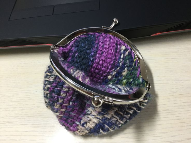 Knitted item