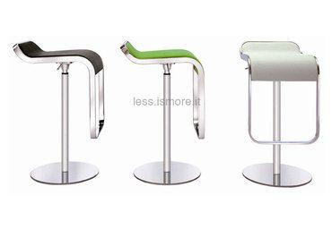 """Sgabelli Bar Design """"Less"""". Sgabello in acciaio spazzolato a specchio. Sgabello estremamente stabile e robusto adatto sia ad un utilizzo domestico che in locali pubblici, bar e ristoranti."""