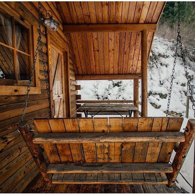A porch swing belongs at a cabin! . . #woodworking #loft #cabin #handmade #wood #timber #homedecor #treehouse #farmhouse #romantic #rustic #interiordesign #decor #rusticdecor #rusticchic #furniture #mountainhome #country #loghome #camping #decoration #ranch #custommade #cabinlife #home