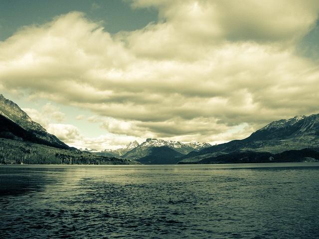 Lago Cholila, Chubut, Argentina / (Credit: Mariano Draghi)