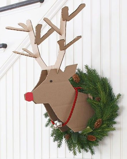 Une tête de renne en carton à votre mur