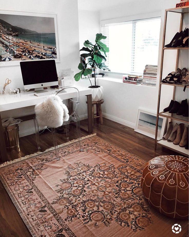 pin von foreveruntiltheend auf room pinterest arbeitszimmer ankleidezimmer und einrichten. Black Bedroom Furniture Sets. Home Design Ideas