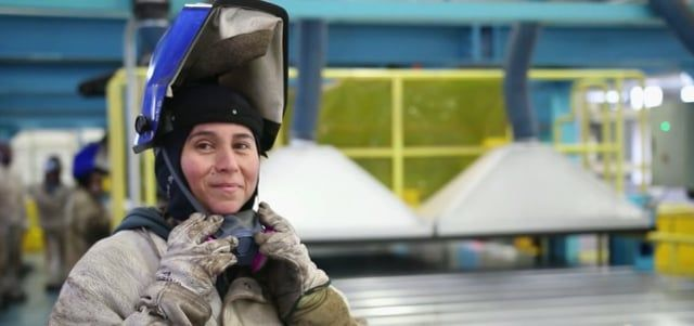 Single mom, Gloria Diaz, first had to wrap her head around the idea of moving from administrative work to doing something technical. She then started her journey to become a master welder. www.timeforglobalaction.tv