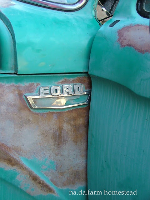 green ford truck