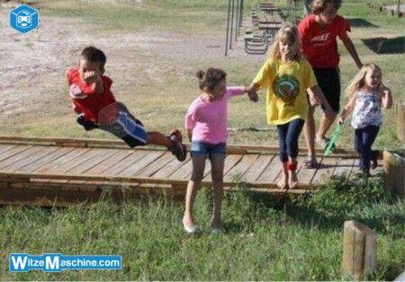 Kinder Witze - Superman - Fliegendes Kind
