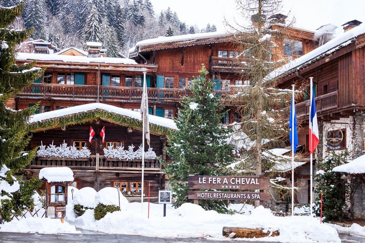 → Le Fer à Cheval | Luxury 5 star hotel Megève | Official Website