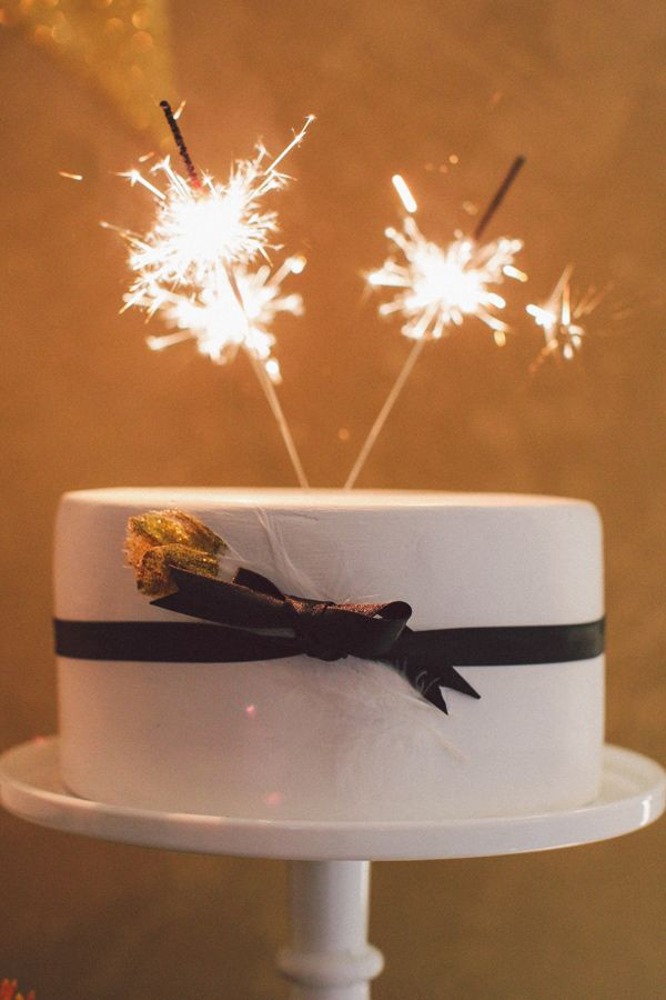 wedding cake toppers sparklers sparkler cake topper photo by nancy ebert http 26597