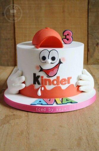 """Kuchen von """"Iced by Kez"""" 7 """"Schokolade Kinder Überraschung. Liebe dies – Cake – #C …  – KinderSurprise"""