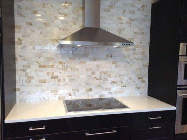 Calacatta Gold Marble Kitchen Backsplash In 2020 Calacatta Gold