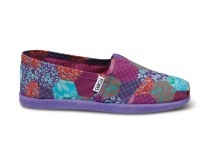 TOMS Kid's Shoes for Boys and Girls   TOMS.com