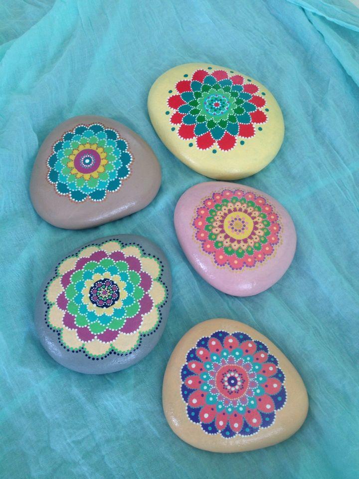 painted stones flowers