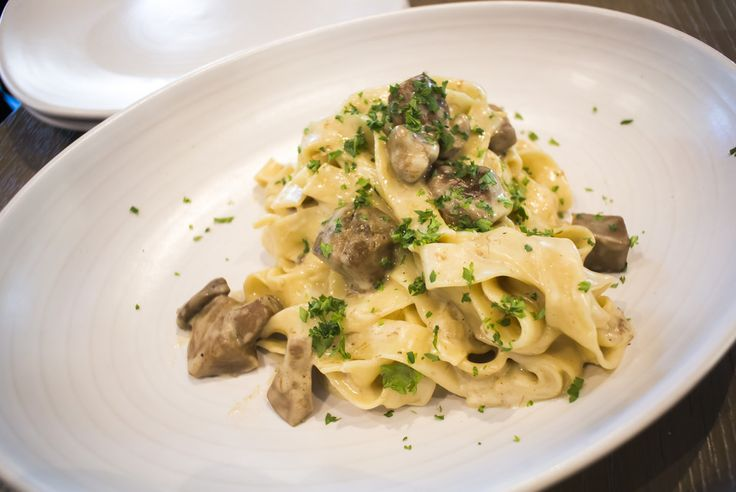 Nosh and Nibble - Bibo Pizzeria - Restaurant Review - Richmond #foodie #foodporn