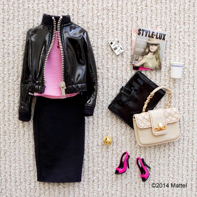 Today is the start of New York Fashion Week! Planning my perfect New York looks  #NYFW #barbie #barbiestyle