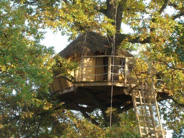 Evasion Treehouse, at Cabanes des Grands Lacs, near Doubs, France.