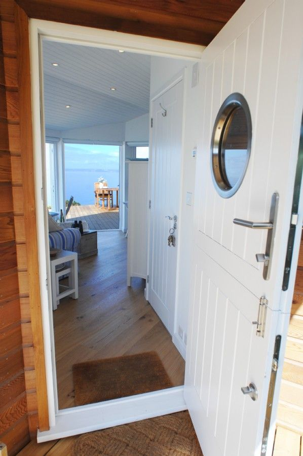 The Edge Whitsand Bay, Cornwall - Luxury self-catering beach hut entry | Unique Home Stays