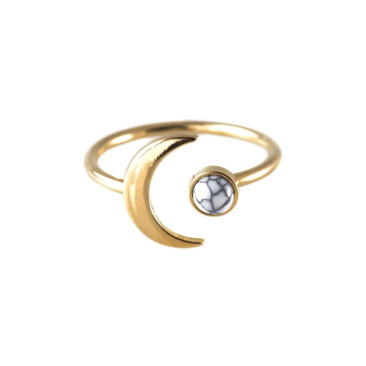 Wanderlust + Co Crescent Gem Ring in Metallic Gold kxRP9
