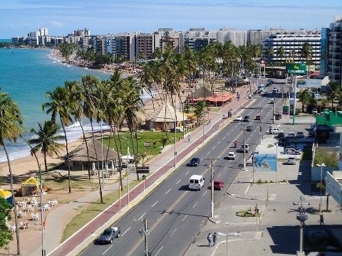 Orla de Maceió, minha cidade linda!!! Praia da jatiúca e ao fundo Ponta Verde.  Brasil