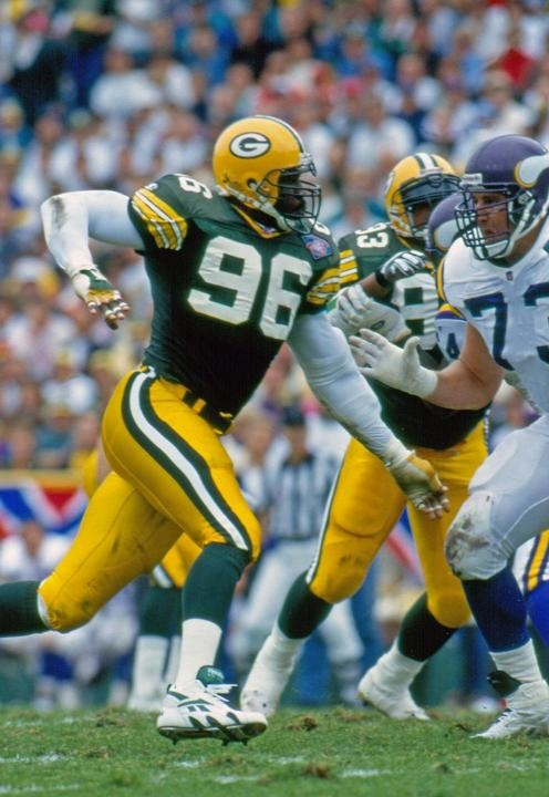 Sean Jones Sean Jones led the Packers in sacks in 1994 with 10.5.