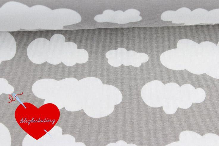 Kinderstoffe - Jersey Wolken - hellgrau / weiß - ein Designerstück von Seligkeitsding-de bei DaWanda
