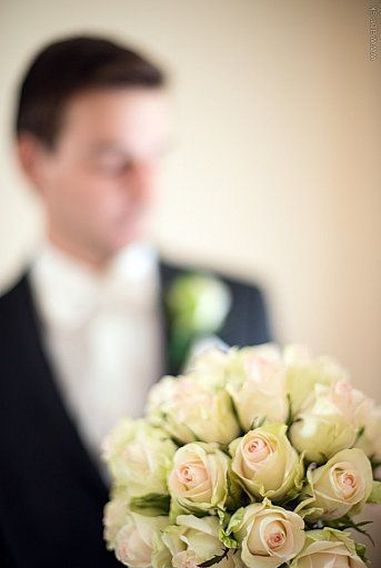 Wedding bouquet of cream roses/ svadobna kytica z kremovych ruzi