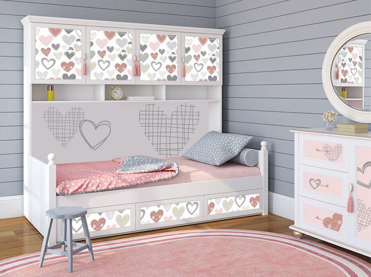 Piękne okleiny meblowe w pokoju dziewczynki
