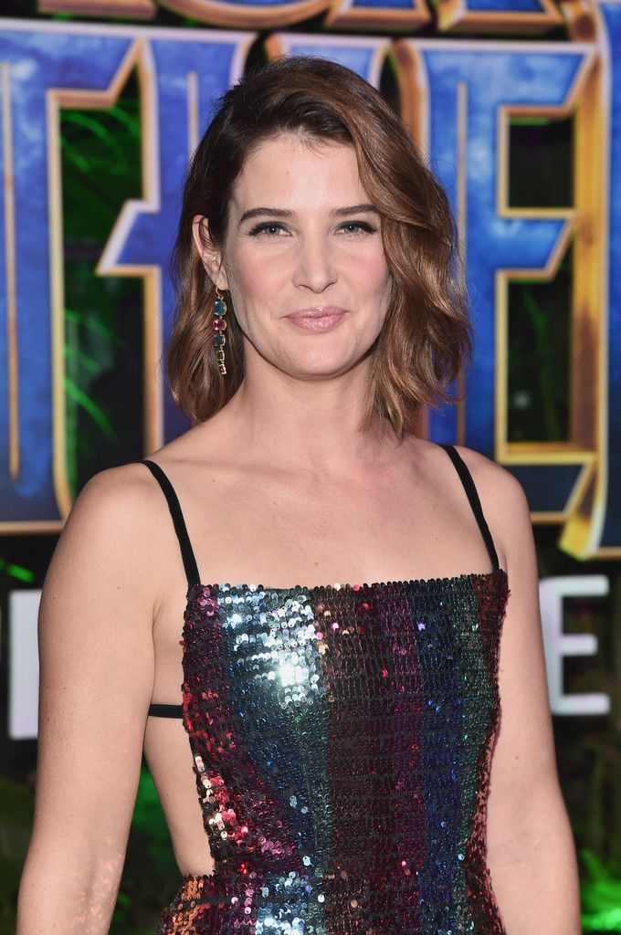 Cobie Smulders Photos - Actor Cobie Smulders at the Los Angeles World Premiere of Marvel Studios' BLACK PANTHER at Dolby Theatre on January 29, 2018 in Hollywood, California. - The Los Angeles World Premiere of Marvel Studios' 'Black Panther'