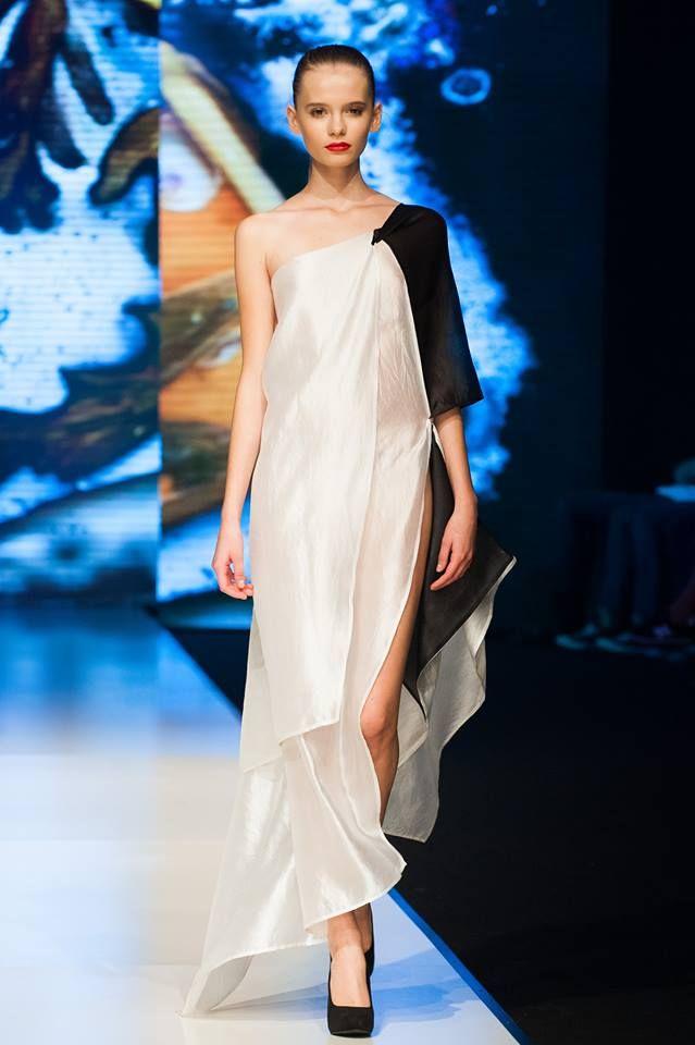 Sharka Bosakova fashion show / Czech fashion