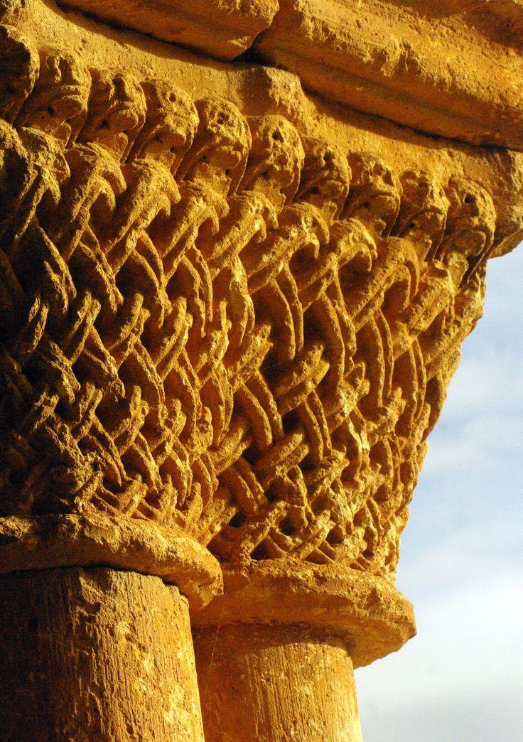 Soria - Caracena - Románico - Capitel Iglesia de San Pedro
