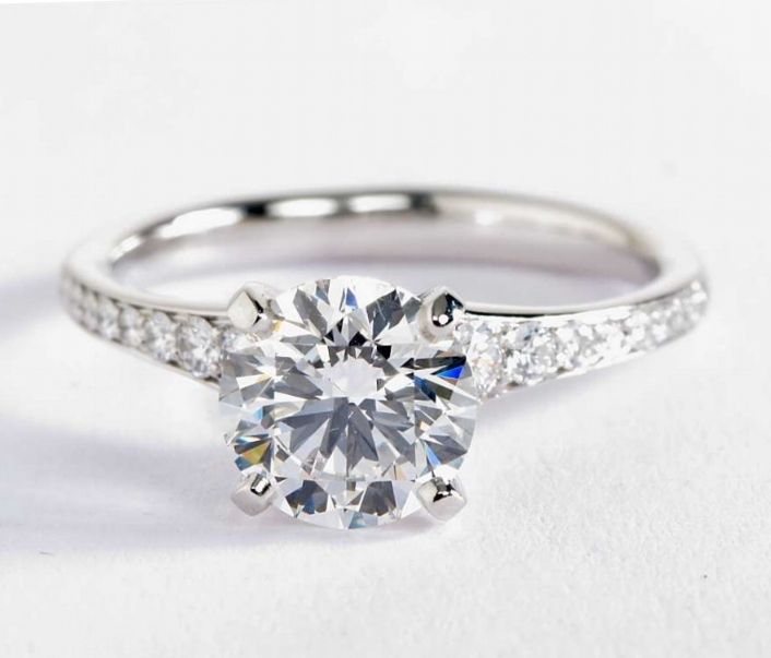 2 Carat Diamond in the Graduated Pavé Diamond Engagement Ring | Blue Nile