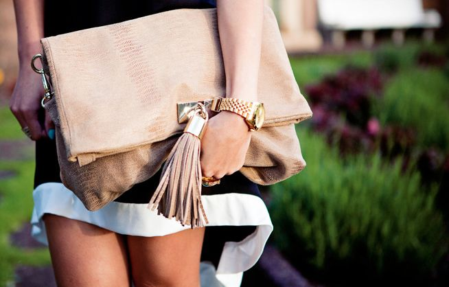 oversize clutch with tassel  <3