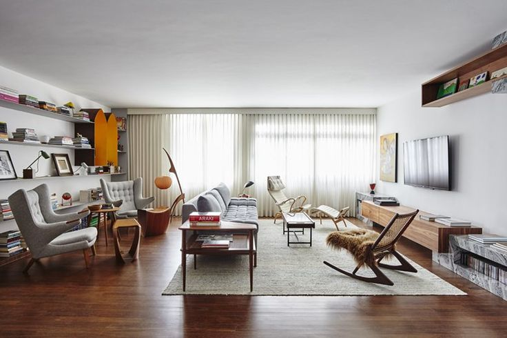 Portugese architect firm Pascali Semerdjian Architects renovate an apartment which is built early 1960 in Sao Paulo City Brazil. Sao Paulo Brazil architecture is not getting this offer and Portugal firm got this offer and design...