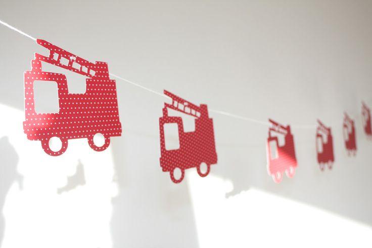 Girlanden & Wimpelketten - Feuerwehr Girlande rot - ein Designerstück von jippiebird bei DaWanda