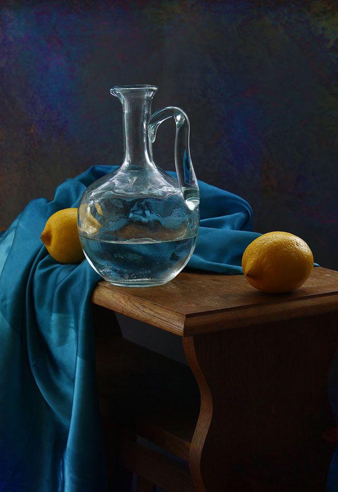 http://photography-classes-workshops.blogspot.com/ #Photography photo: натюрморт с голубой драпировкой | photographer: inna korobova | WWW.PHOTODOM.COM