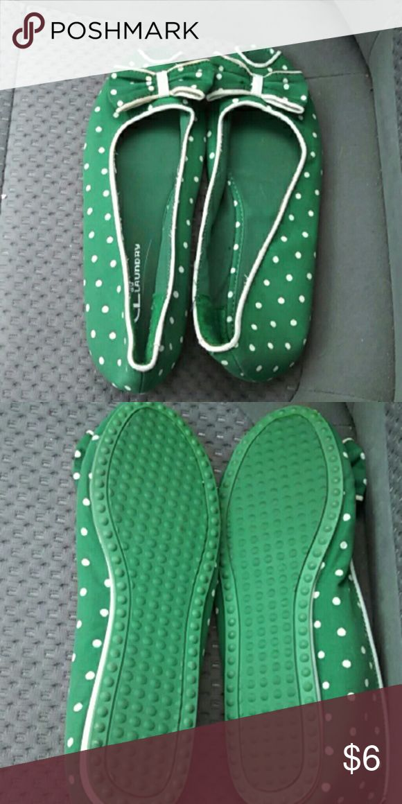 Green Flats With Bow Cute green flats with polka dots and a bow. They are in good condition. CLlaundry Shoes Flats & Loafers