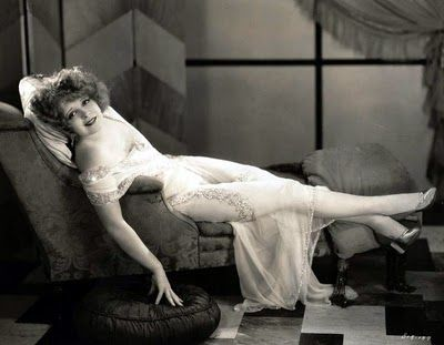 Clara Bow It Girl