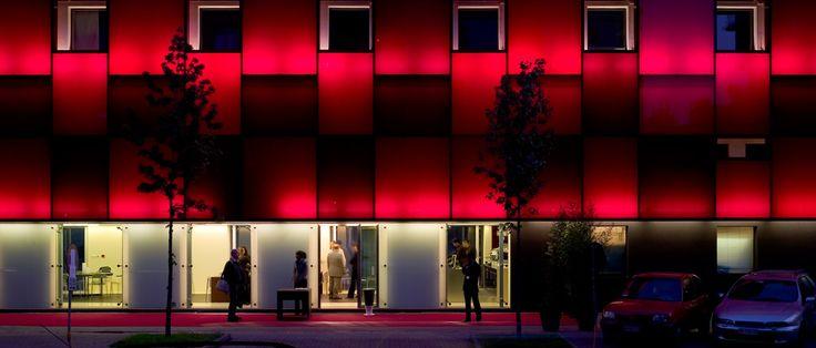 Illuminazione Palazzo del Ghiaccio Milano #bubble #lightingdesign #lighting #indoorlighting