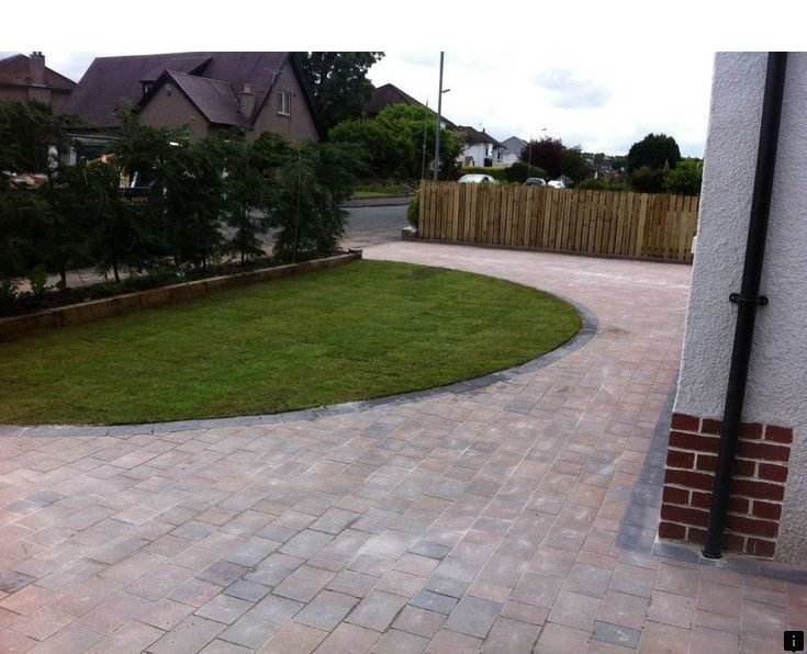 Check Out The Webpage To See More On Landscape Pavers Near Me Just Click On The Link For Mo Circle Driveway Circle Driveway Landscaping Driveway Landscaping
