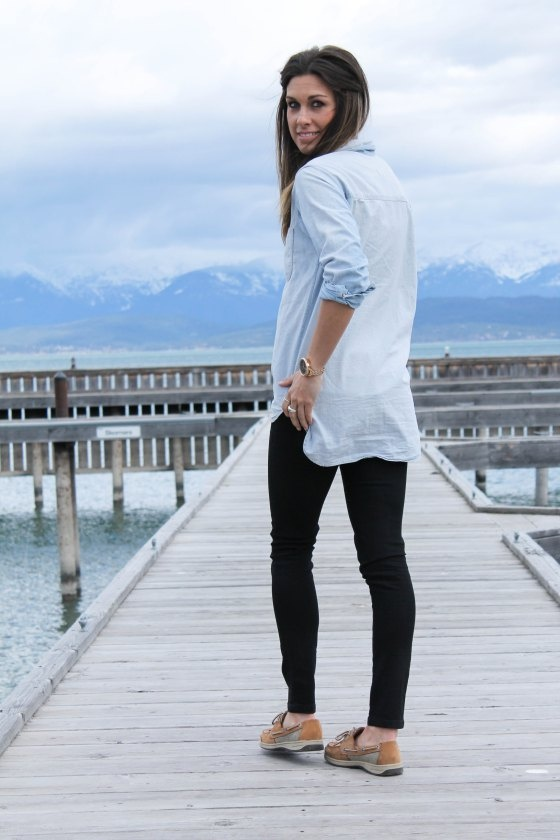 cute chambray shirt, black pants, boat shoes, love this 114west , Montana Style , Courtney Ferda