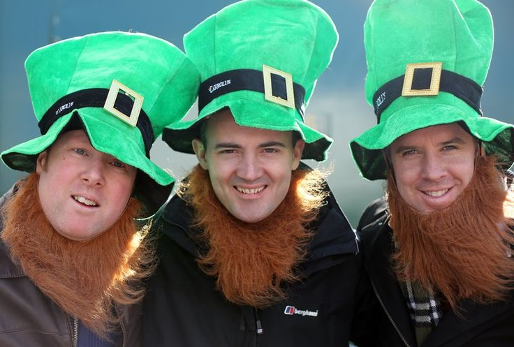 The 10 Best Irish Drinking Songs For St. Patrick's Day Pre-Gaming