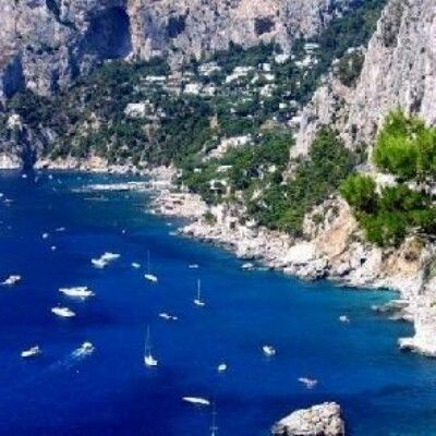 Безумно красивый остров Капри, Италия....