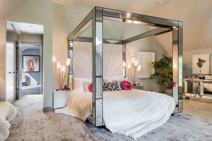 Inside the house that Kate Moss built - bedroom, four poster bed