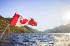 Fin septembre dernier, je m'envolais pour 3 jours sur le fjord du Saguenay au Québec, un voyage hors du temps, au coeur d'une nature qui n'avait malheureusement pas encore revêtu ses couleurs d'automne. A peine les pieds posés à l'aéroport de Bagotville, me voilà transportée dans un autre …