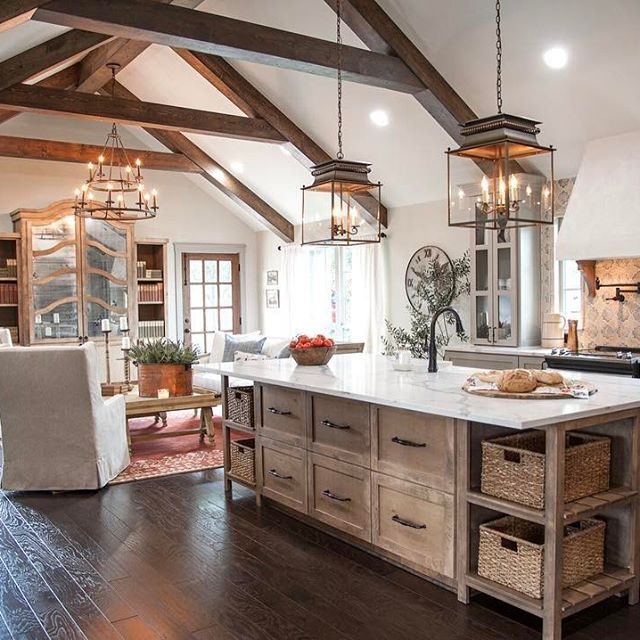 1705 Best Fixer Upper/ Joanna & Chip Gaines/Magnolia Homes
