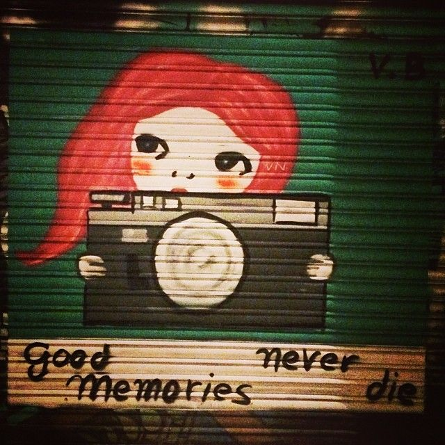 graffiti in barcelona good memories never die barcelona good memories quotes and sayings good memories from primary school
