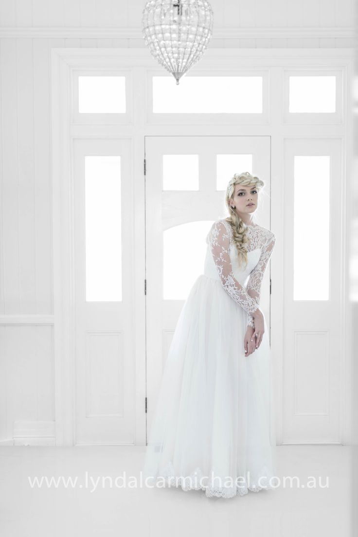 White on White | Wedding Photography www.lyndalcarmichael.com.au